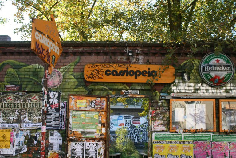 Cassiopeia is a basement venue that houses punk, alternative and rock acts. |© Nicolas Nova/Flickr