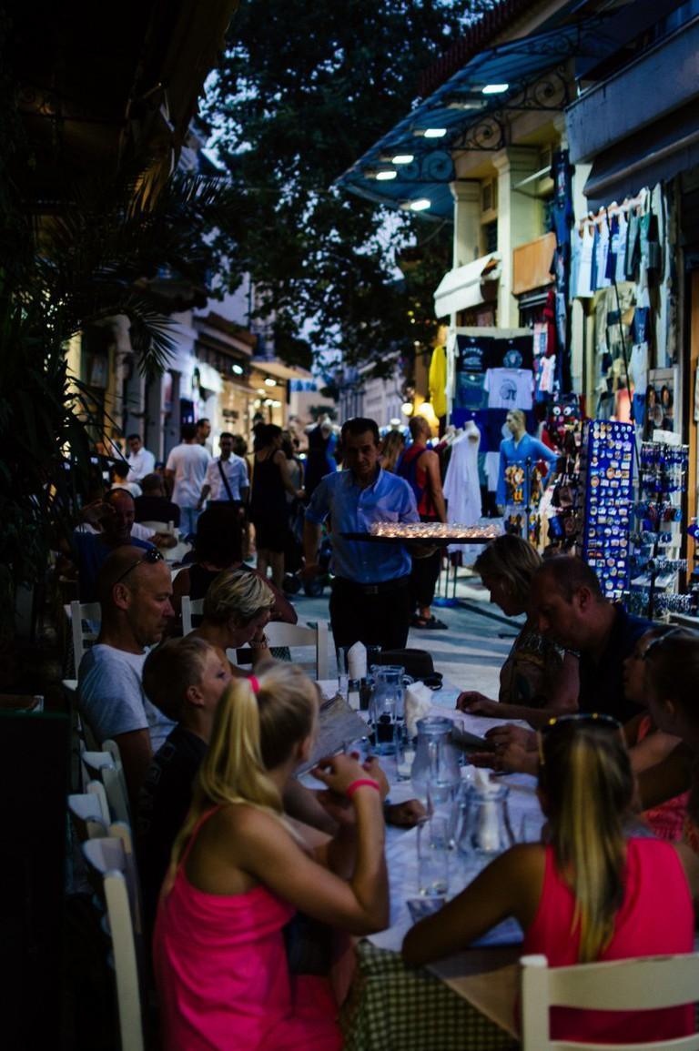 Outdoor dining in Athens   © heroix/Flickr