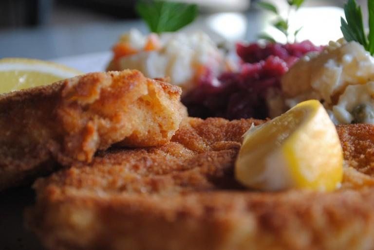 Pork Schnitzel |© Larry Hoffman / Flickr