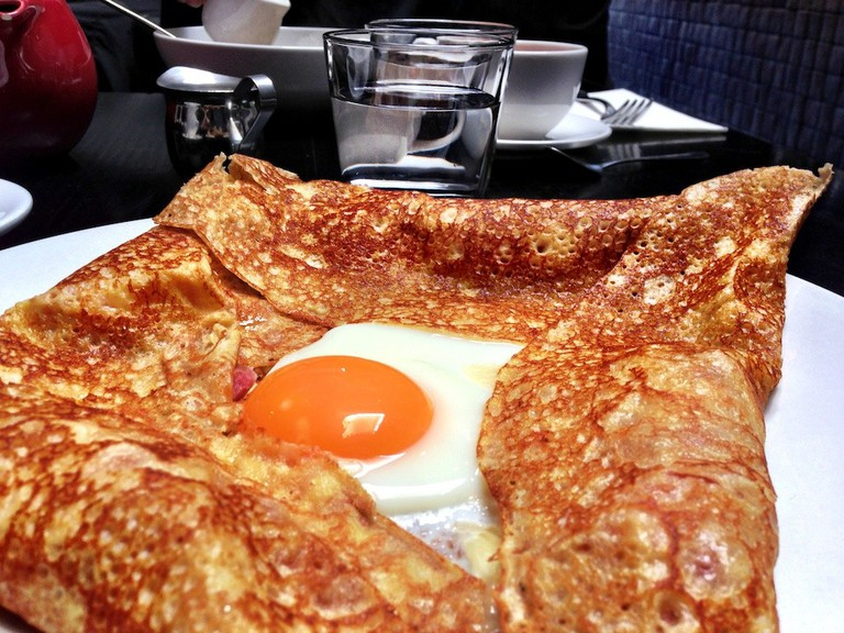 Breton crepe with fried egg, ham and cheese | © Katherine Lim/Flickr