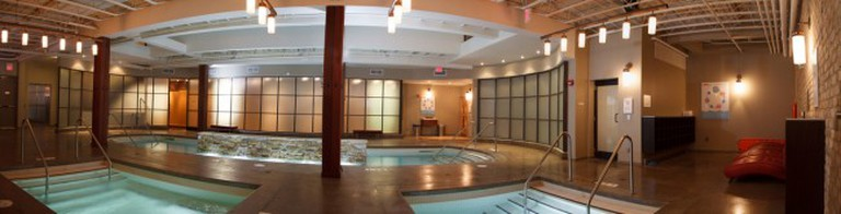 Pools at Body Blitz Spa, East | Courtesy of Body Blitz Spa