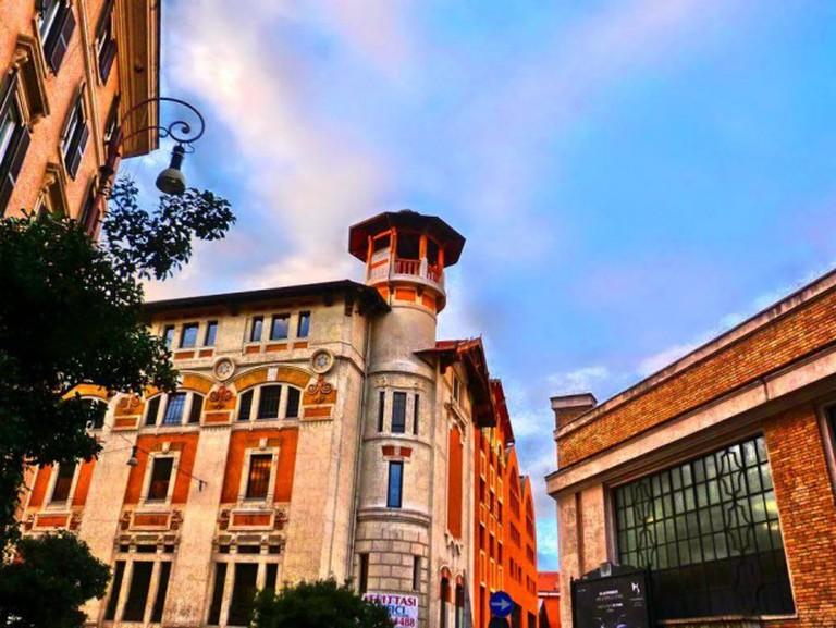Liberty tower in the corner between Piazza Alessandria and Via Bergamo | Courtesy of Camilla Colavolpe