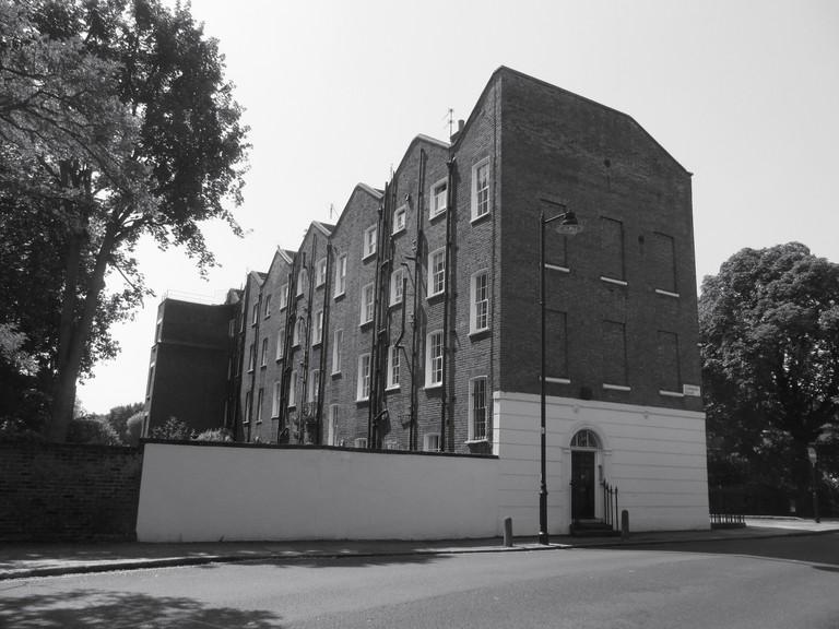 Canonbury Square   David Holt/Flickr