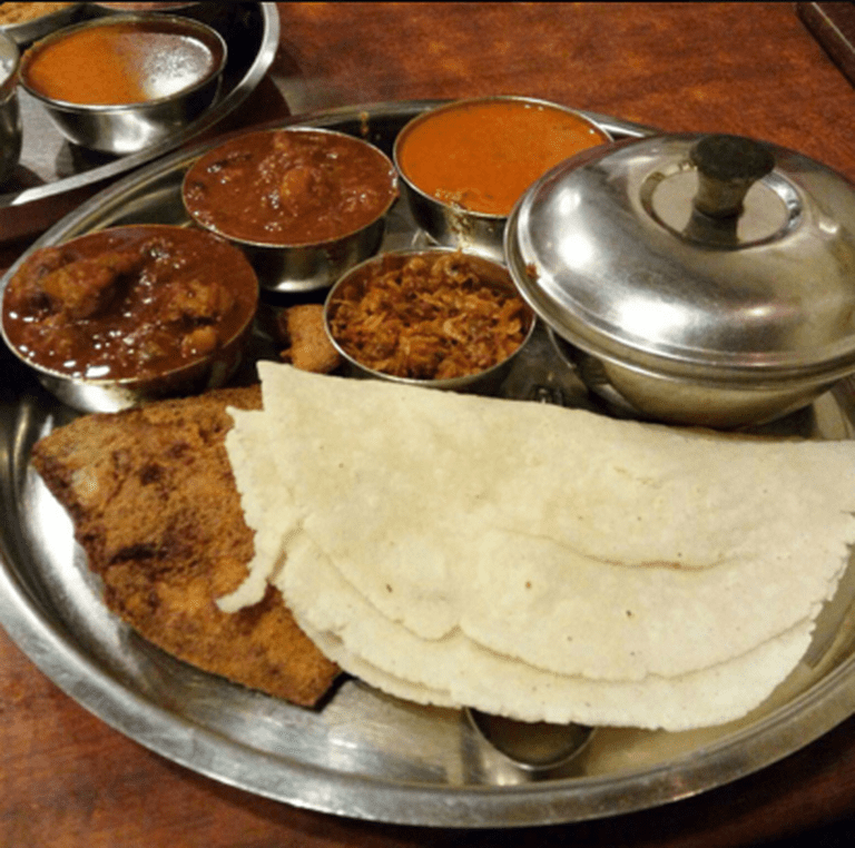 Fish thaali, Gomantak, Dadar. Image Courtesy : Zomato