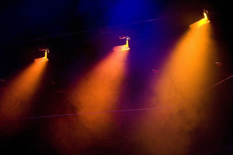 Stage lights | © Dan Brady/Flickr