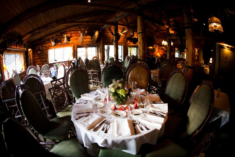 Saddle Peak Lodge, Calabasas