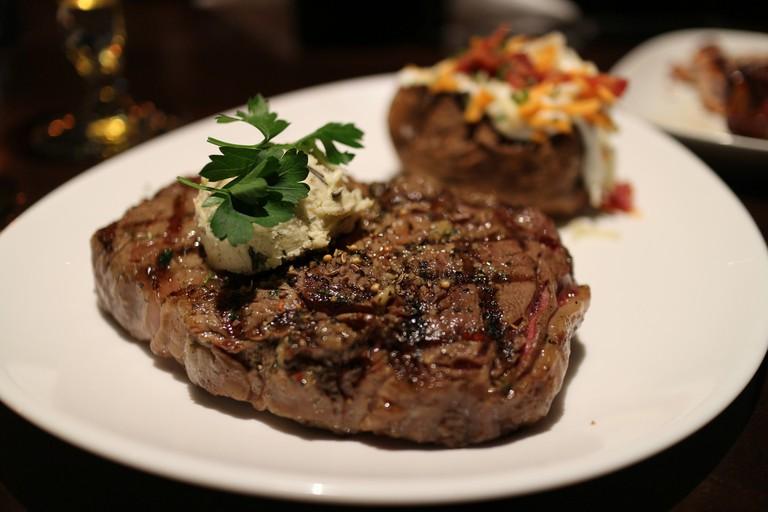 Ribeye Steak | © Elsie Hui/Flickr