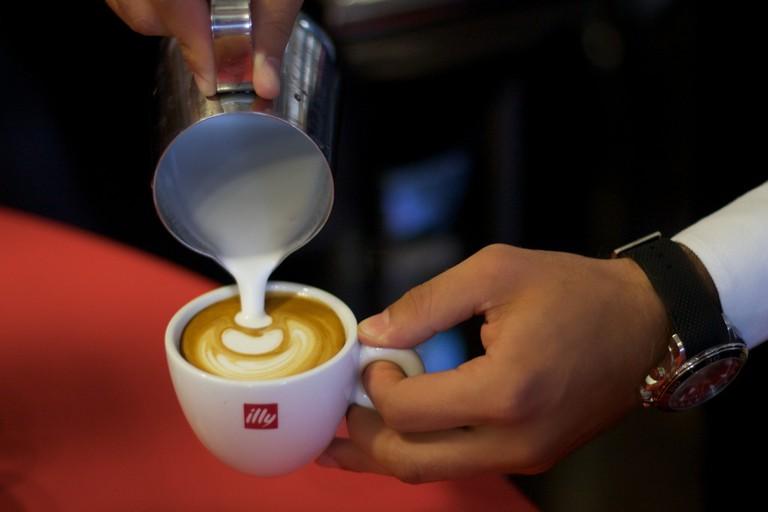 Illy Latte | © ecodallaluna/Flickr