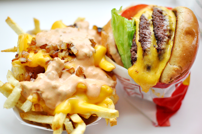 In-n-Out Burger  © punctuated/Flickr