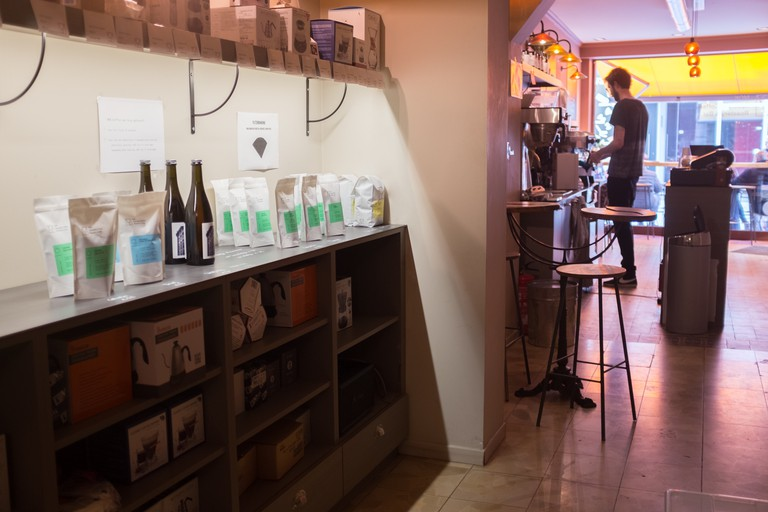 Jens and his companions introduce people to MOK coffee at MOK bar
