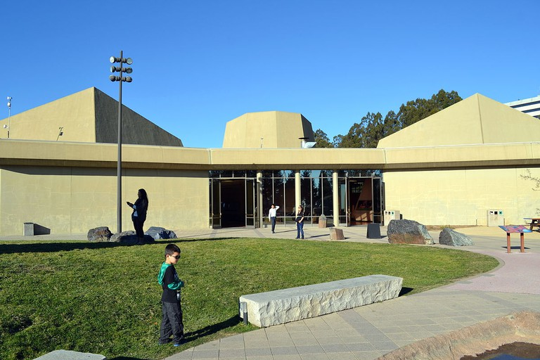 1200px-View_from_terrace_of_Lawrence_Hall_of_Science