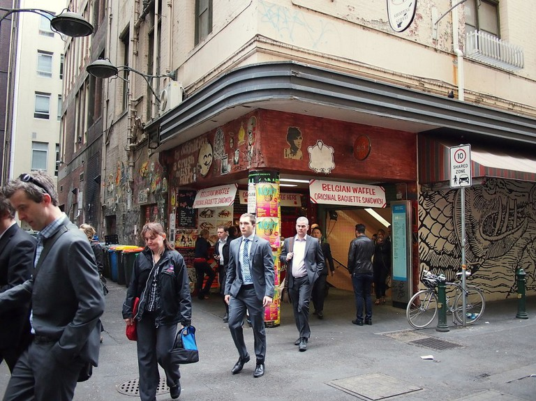 Degraves St exit from Flinders St Station Dec 2012 ©Nick-D/WikimediaCommons