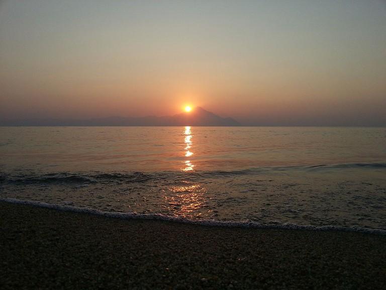 Sunset at Sarti beach, Chalkidiki | © KostadinD/WikiCommons