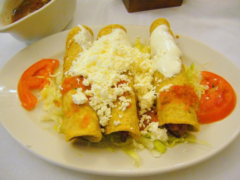 Café de Tacuba Enchiladas