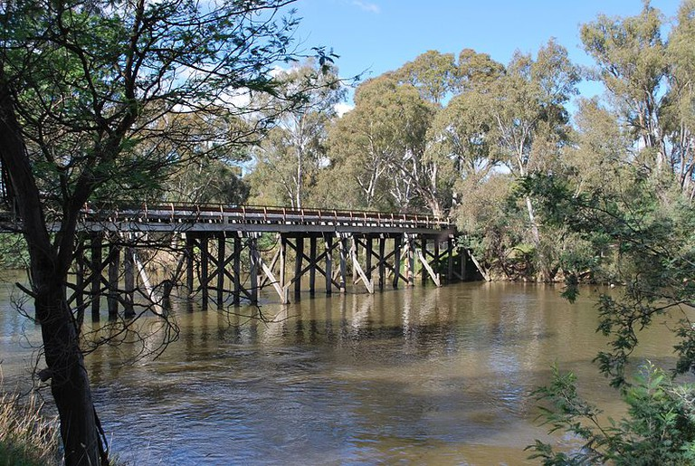 800px-Seymour_Old_Goulburn_Bridge_010