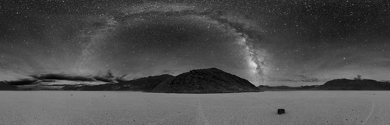 A 360-degree panorama of Racetrack Playa at night. | Public Domain/Wikicommons