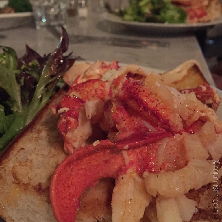 Fresh Florida lobster rolls at Mignonette Miami | Courtesy of Ines Hegedus-Garcia/Flickr