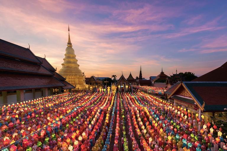 Wat Phra That Hariphunchai at sunset