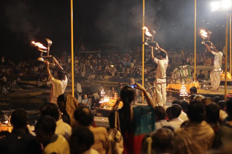 Varanasi during Diwali|©Matt Zimmerman/Flickr