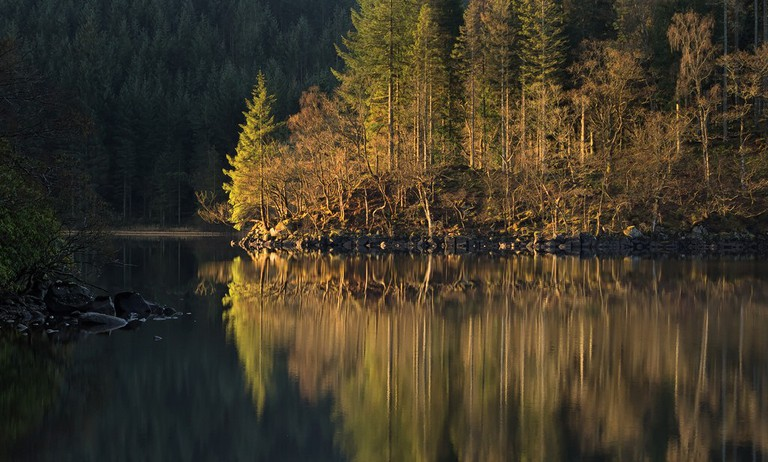 Reflections | © john mcsporran/Flickr
