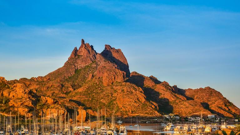 Mount Tetakawi, Iconic Landmark of San Carlos, Mexico © Jejim / Shutterstock