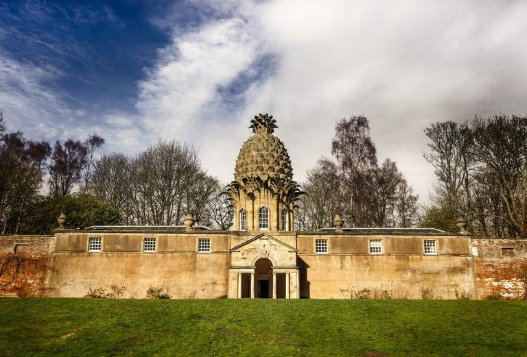 Pineapple House   © Neil Williamson/Flickr