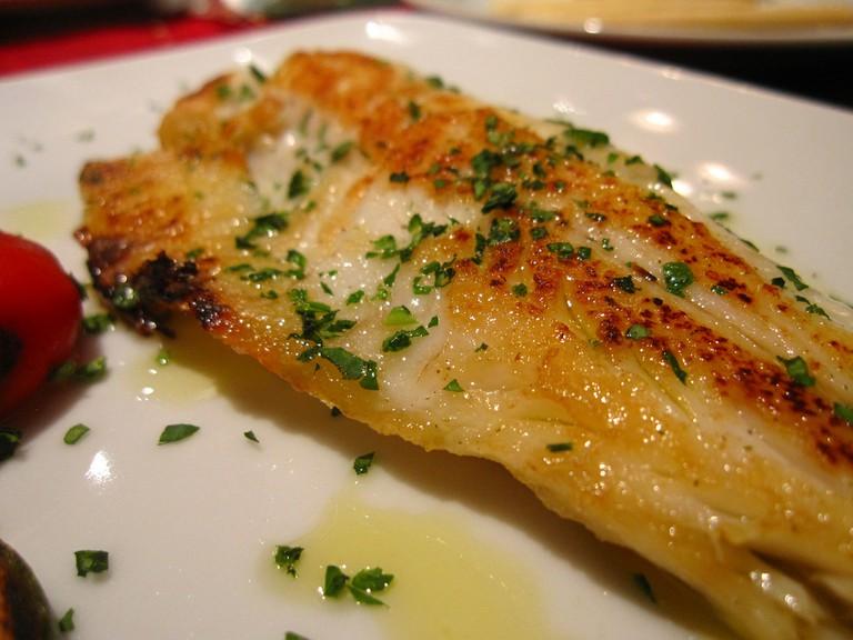Oven-baked fish |© Kate Hopkins/Flickr