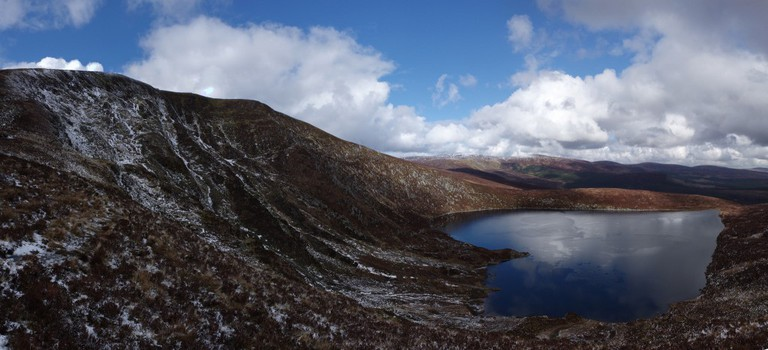 Tonelagee and Lough Ouler panorama | © Rob Hurson/Flickr