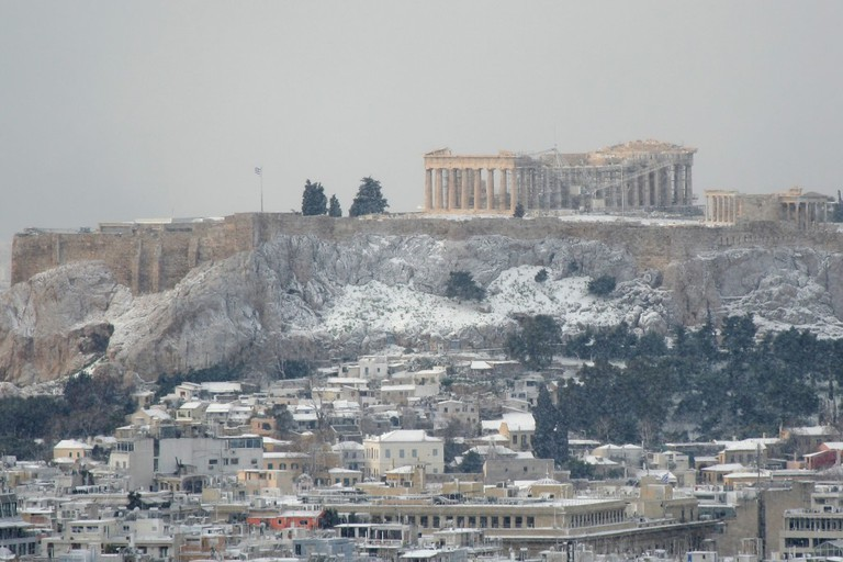 The Acropolis of Athens with snow during the snowstorm of 16 and 17-2-2008 © Georgios Alexandris / Shutterstock