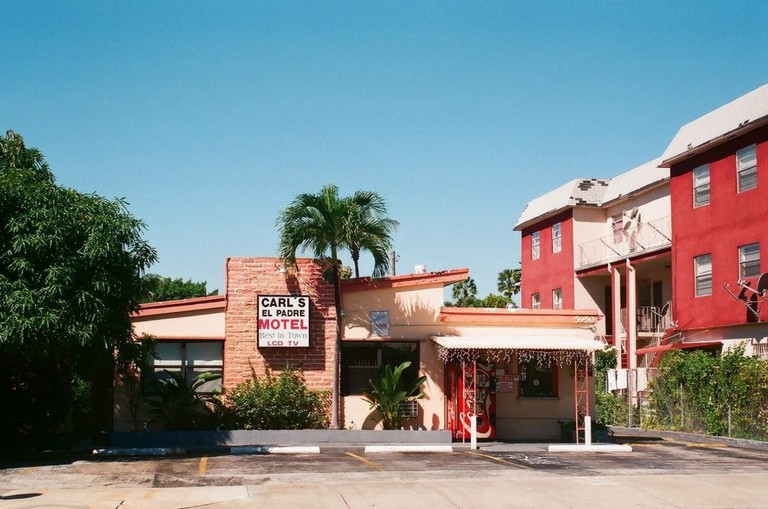 Carls El Padre Motel MIMO District | Phillip Pessar/Flickr