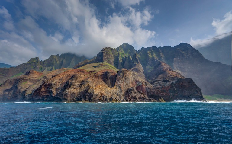 Sailing the Napali Coast | © Heath Cajandig/Flickr