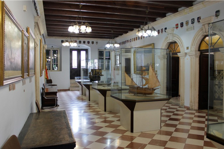 Maritime Museum (Grgurina Palace), Kotor