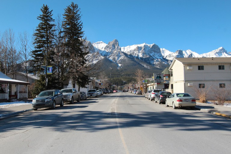 Downtown Canmore © Dave Bloggs007 / Flickr
