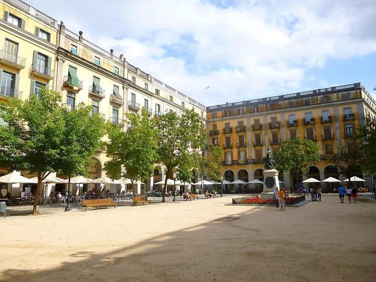 Girona, Plaza de la Independencia | ©Zarateman / Wikimedia Commons