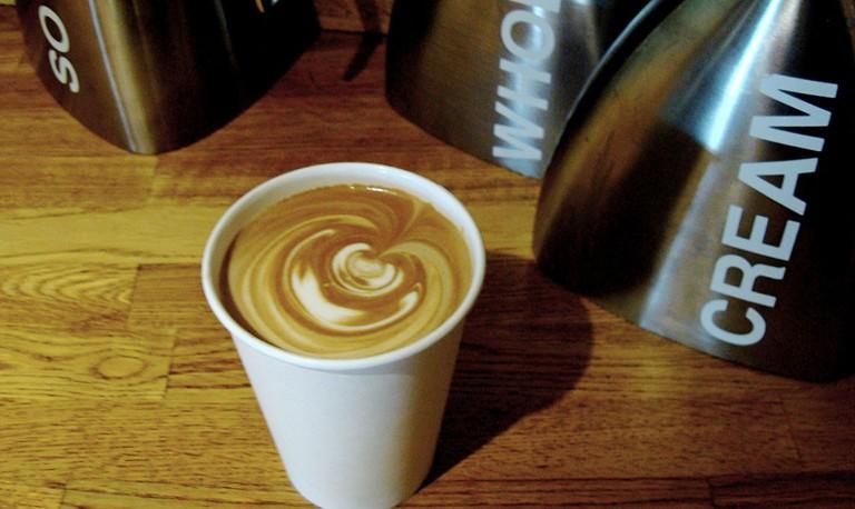 Thinking Cup | © Adamina / Flickr