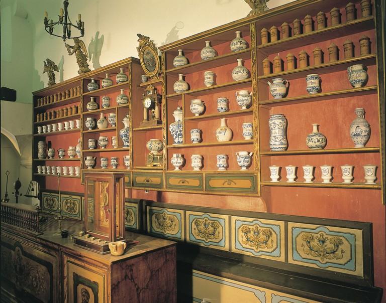 Old Pharmacy, monastery, dubrovnik