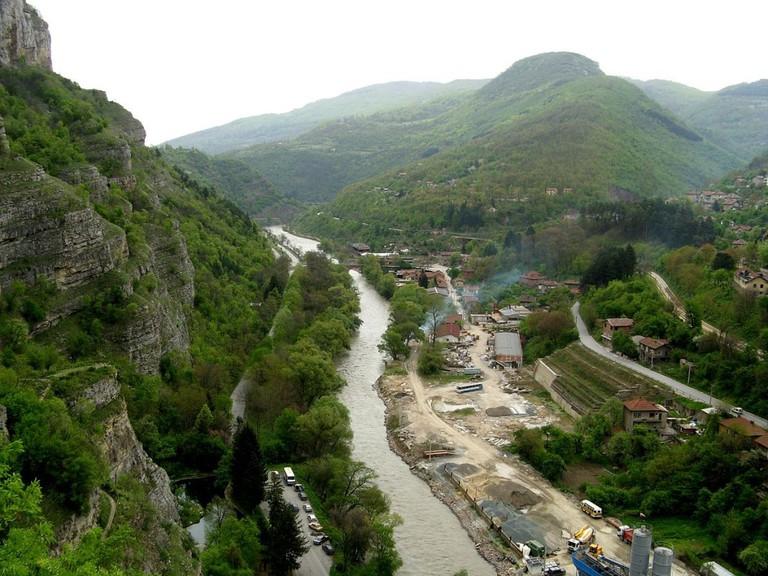 View from Lakatnik Rocks I © Steliyan Kasabov/WikiCommons