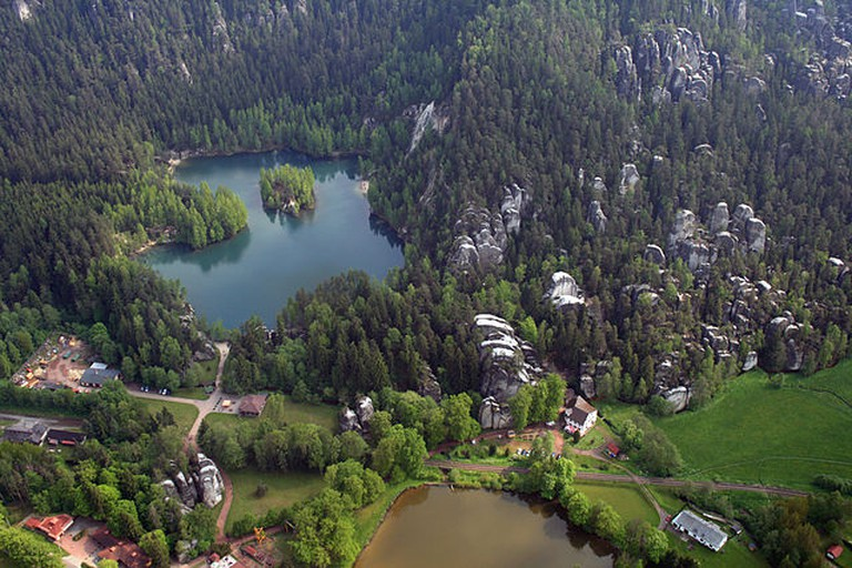 Part of Adršpach-Teplice Rocks from the air / ©Karelj / Wikimedia Commons