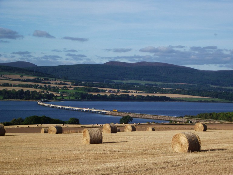 Cromarty Firth and Cromarty Bridge | © Dave Conner/Flickr