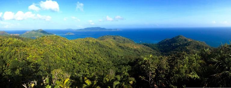 Stunning views across praslin and beyond.  ©oliver quinlan