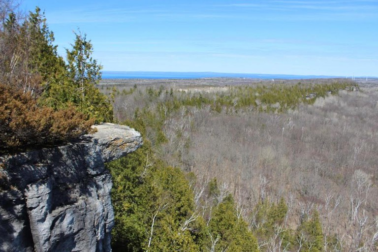 Cup and Saucer Trail, Manitoulin Island   © Laura Paskevics