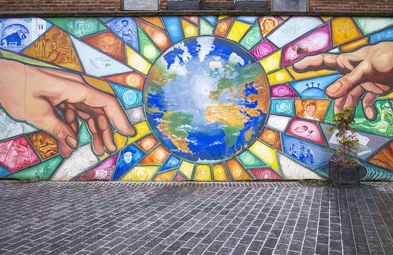 Mural, Bank Square | © Rossographer/ Geograph