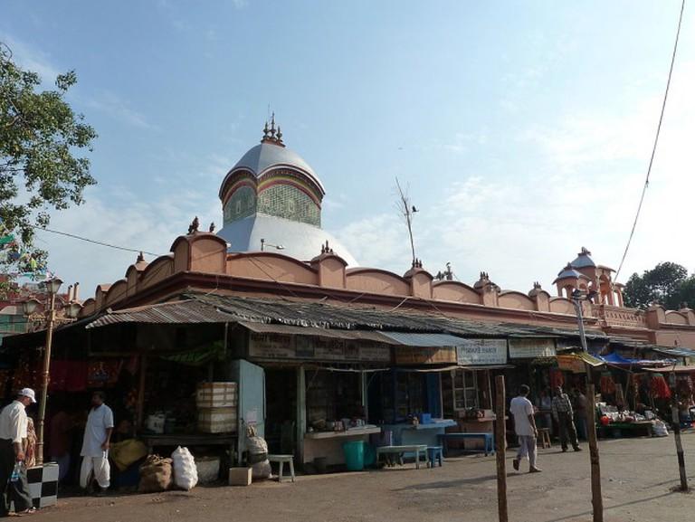 Kalighat Temple on the horizon | © Balajijagadesh / WikiCommons