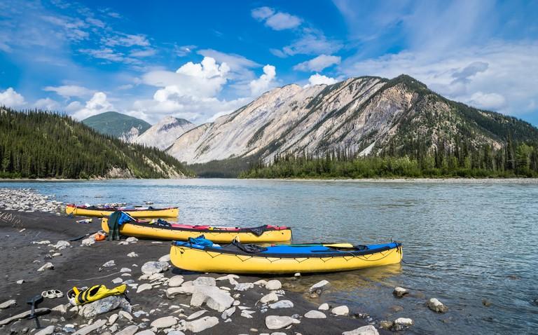 Kayaking the Nahanni River| © Vadim Gouida / Shutterstock
