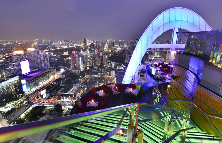 Night view from Red Sky Bar at Centara Grand at CentralWorld | © i viewfinder/Shutterstock