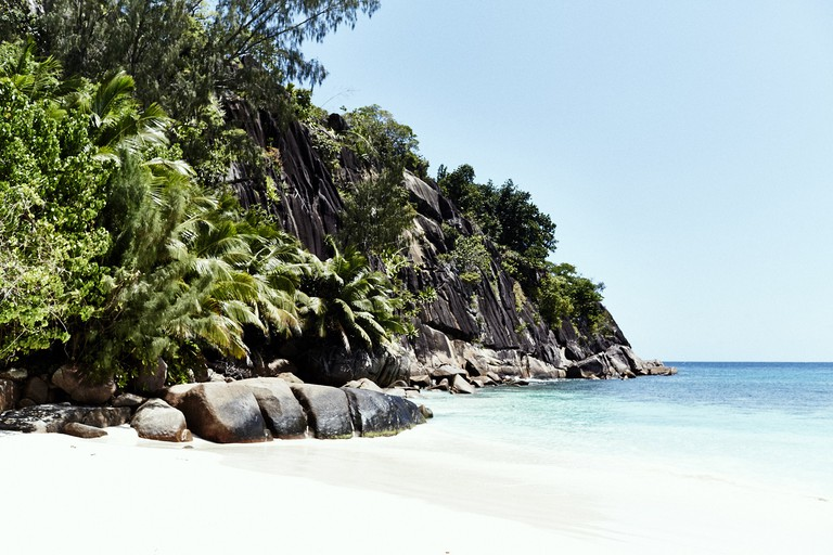 Step out onto the gorgeous petite anse from the Kannel Bar