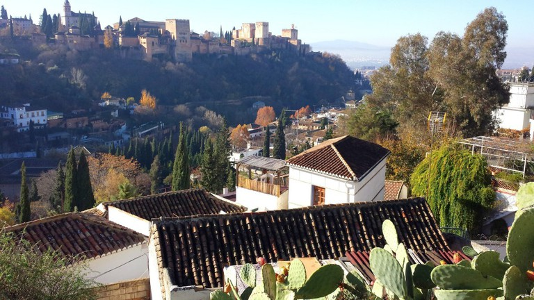 The rooftops of Sacromonte, best explorable by foot; courtesy of Encarni Novillo