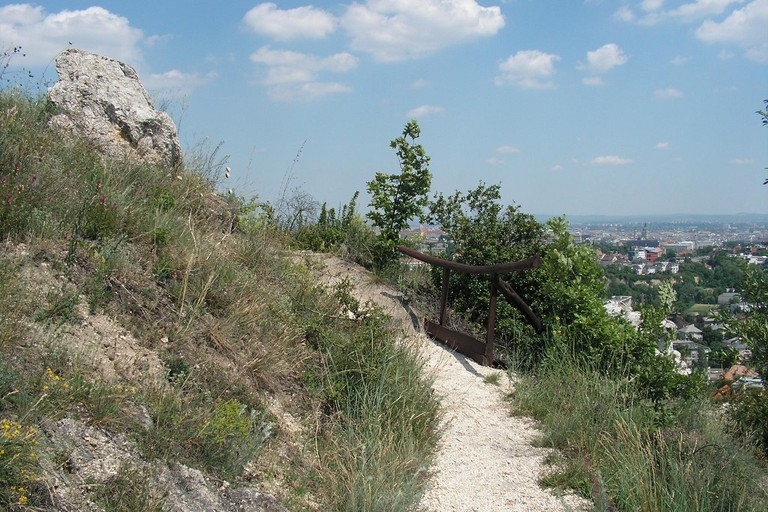 Sas-hegy Budapest walking trail
