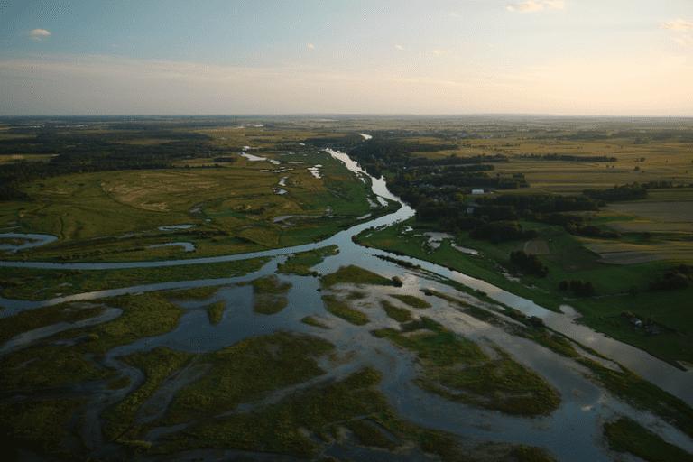 The Narew Valley © SilverTree / Wikipedia