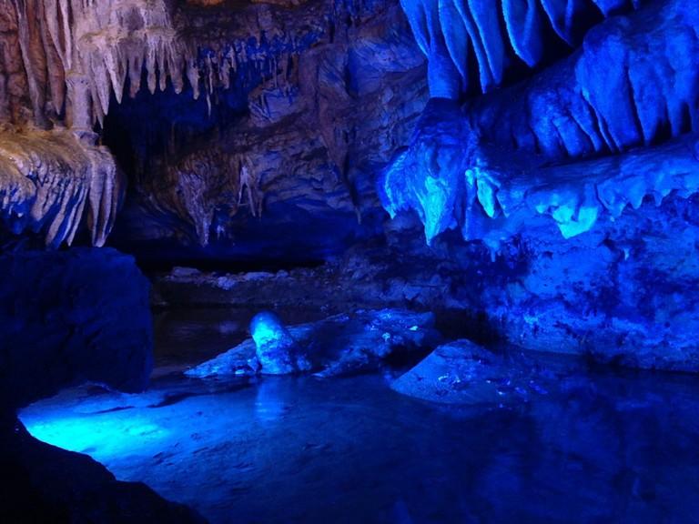 Ruby Falls Cavern / (c) Steven Depolo / Flickr